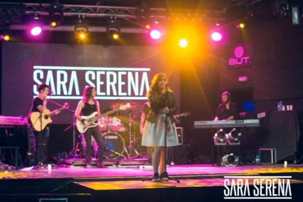 sara-serena-live